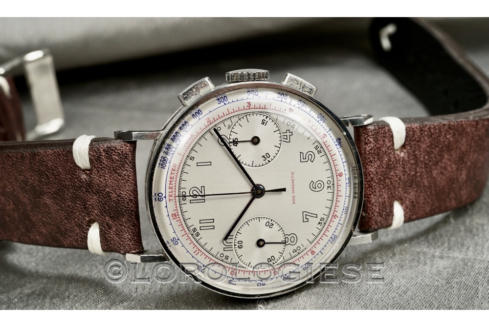 Non-Magnetic - T.P. 1/5 British Army Military Artillery 1940`s Steel Chronograph - Cal. Venus 165